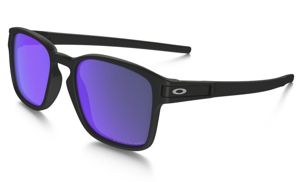 main_OO9353-04_latch-sq_matte-black-violet-iridium-polarized_001_102090_png_hero