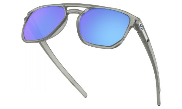 main_oo9436-0654_latch-beta_matte-grey-ink-prizm-sapphire-polarized_037_144969_png_heroxl