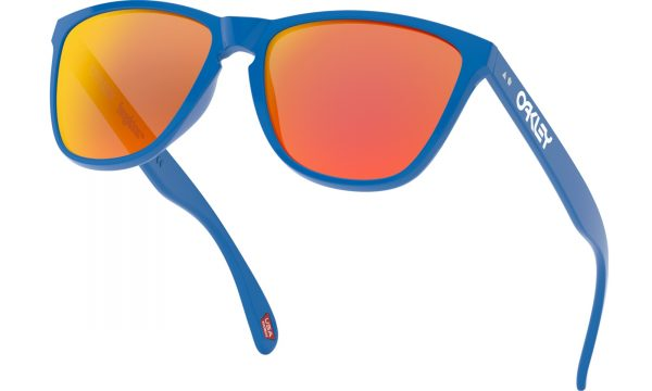 main_oo9444-0457_frogskins-35th_primary-blue-prizm-ruby_037_184998_png_heroxl